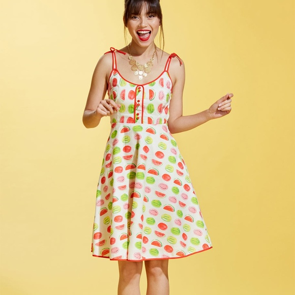 2ff780e4028 Modcloth Cotton Watermelon Dress. M 5b047827a6e3ea904eeddcac